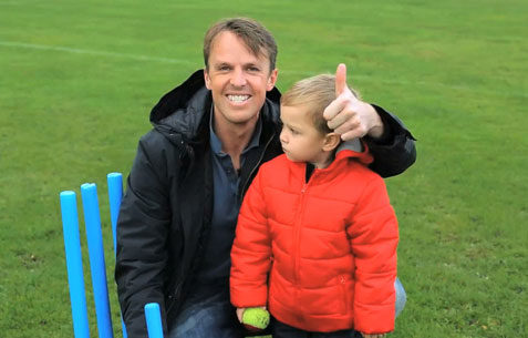 online video testimonial with graeme swann shot in Nottingham