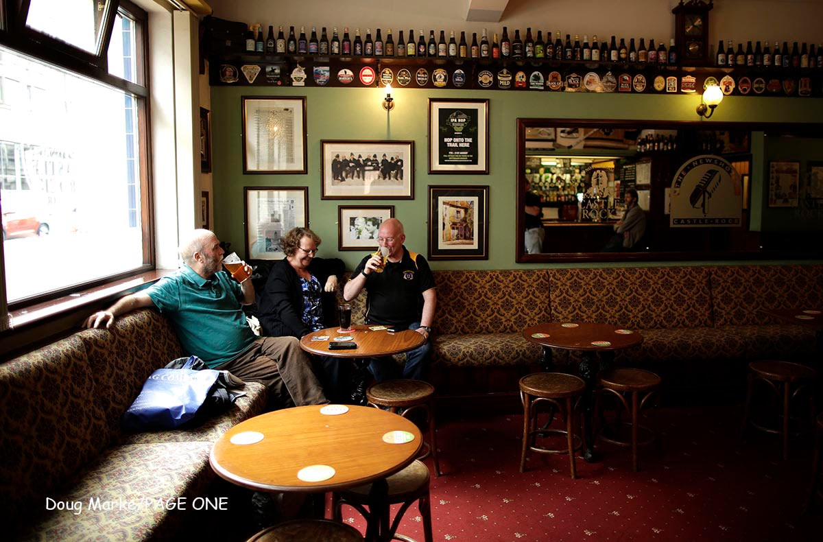 Mcc0064596. Sunday Telegraph. The Newshouse pub in Nottingham city centre. For Historic England piece. Doug Marke/Page One